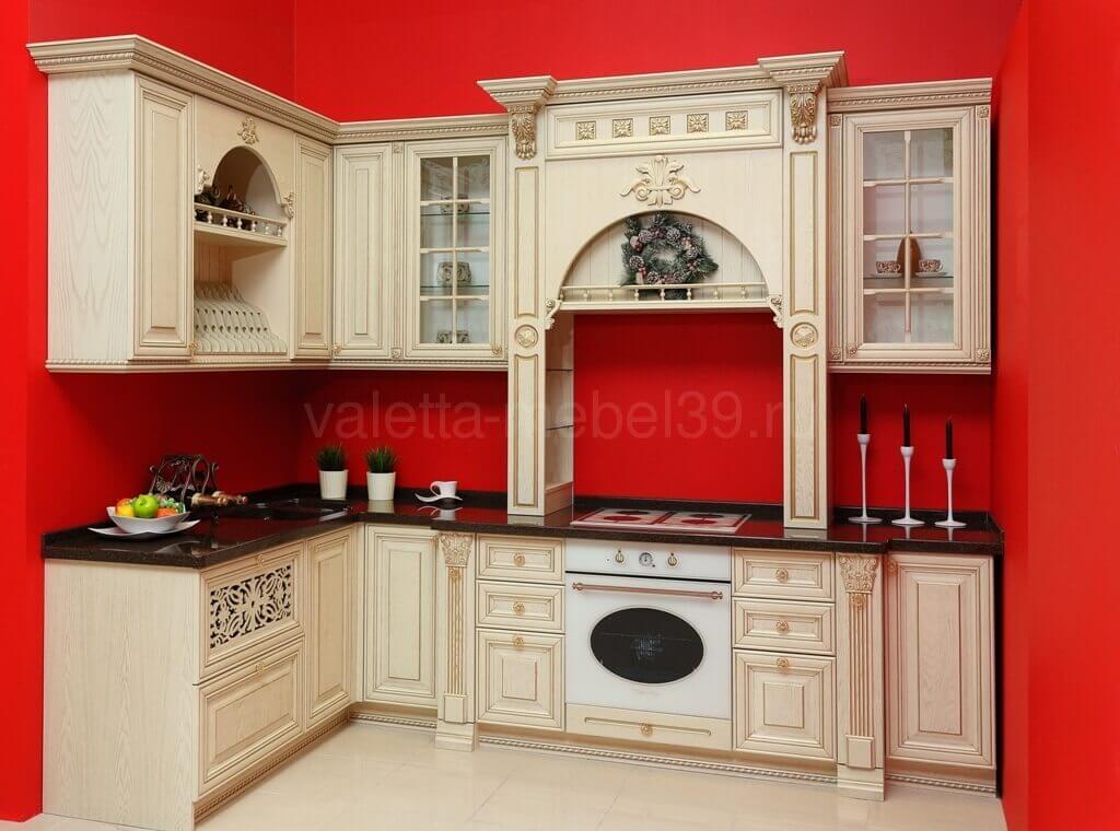 кухни классика на заказ в салоне Валетта-мебель в ТЦ Балтламинат