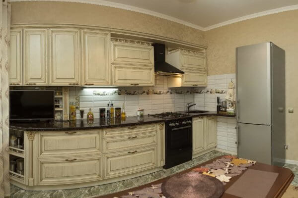 Кухня в классическом стиле на ул.Красносельская г.Калининграда