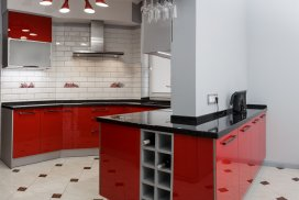кухня в стиле модерн с акриловыми фасадами