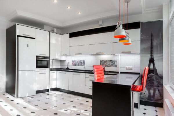 Кухня модерн с фотопечатью Эйфелевой башни на ул. Калининградское шоссе в пос. Отрадное