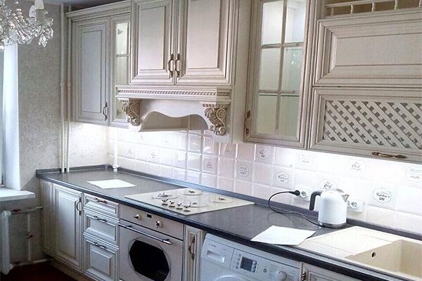 Кухня классика с порталом №32